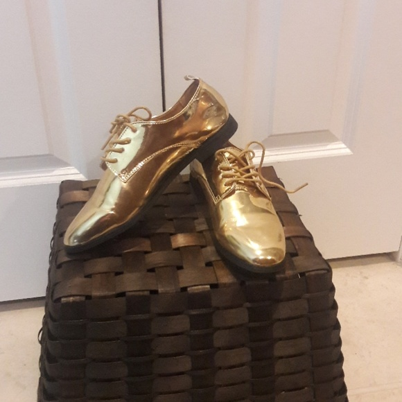 Other - Girl's Gold Shoes